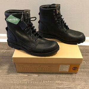 NIB, Rare, Timberland Hommes Black Leather Boots